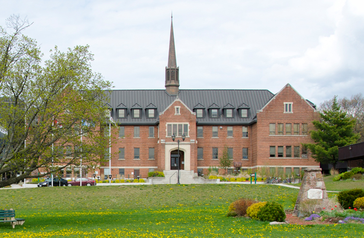 Shingwauk Hall view from front lawn